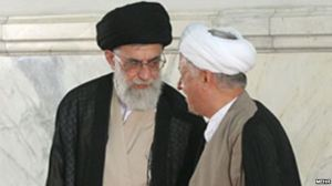 هاشمی در مقابل رهبری